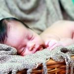 新生児が咳き込む…病院に連れて行くかを判断する5つの基準