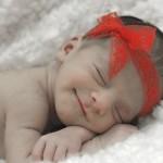 早めが吉!新生児の頭の形を整える4つの簡単な方法