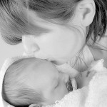 もっと早く知りたかった!新生児の寝かしつけが上手になる3+8のポイント